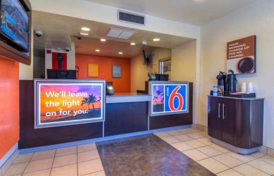 Hotelhalle MOTEL 6 RIVERSIDE WEST JURUPA VALLEY