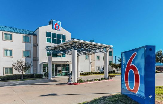 Exterior view MOTEL 6 FT WORTH - BENBROOK