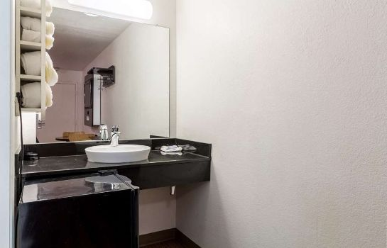 Zimmer MOTEL 6 DALLAS - GARLAND