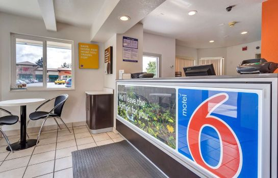 Hall MOTEL 6 ROHNERT PARK