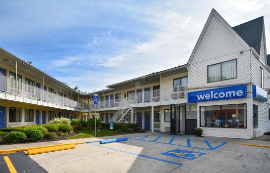 Vista exterior MOTEL 6 HARTFORD - SOUTHINGTON