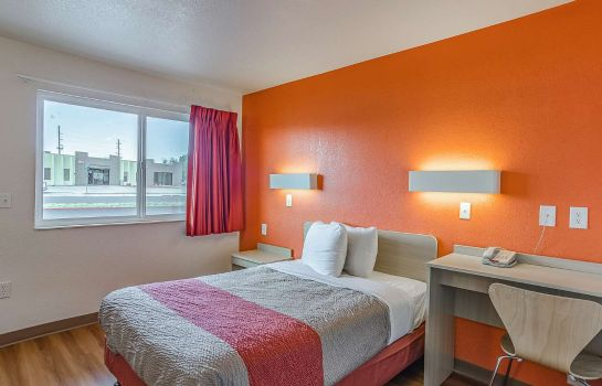 Camera MOTEL 6 CHEYENNE WY
