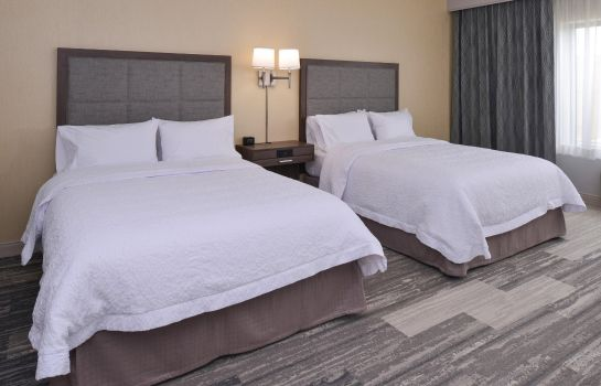 Zimmer Hampton Inn - Suites Cincinnati-Mason Ohio