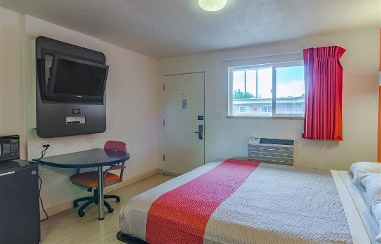 Zimmer MOTEL 6 RIVERTON