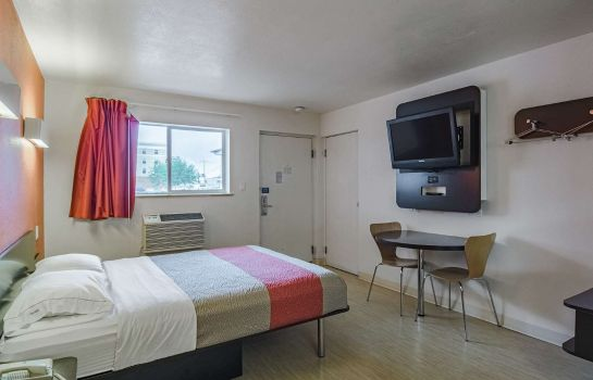 Camera MOTEL 6 RIVERTON