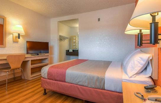 Zimmer MOTEL 6 LOS ANGELES-ROWLAND HEIGHTS