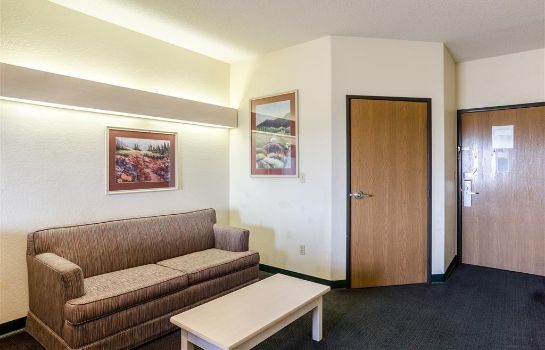 Zimmer Travelodge by Wyndham Chadron
