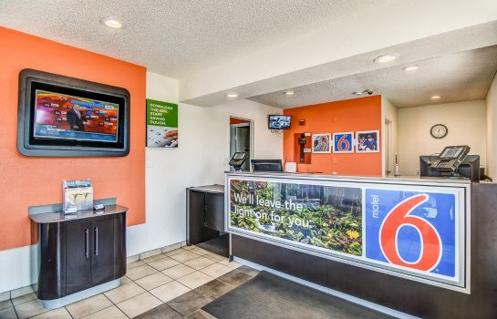 Hol hotelowy MOTEL 6 STOCKTON-CHARTER WAY WEST