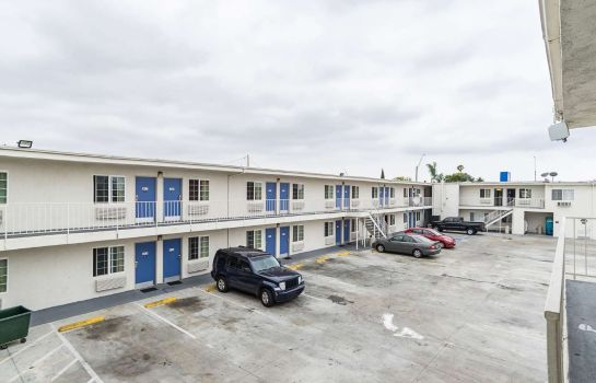 Buitenaanzicht MOTEL 6 LONG BEACH INTERNATIONAL CI