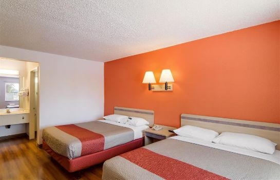 Zimmer MOTEL 6 LOS ANGELES-VAN NUYS NORTH HILLS