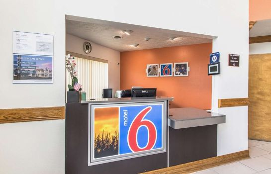 Lobby IN - GREENCASTLE MOTEL 6 CLOVERDALE