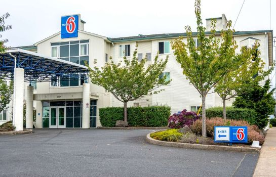 Vista exterior MOTEL 6 LINCOLN CITY