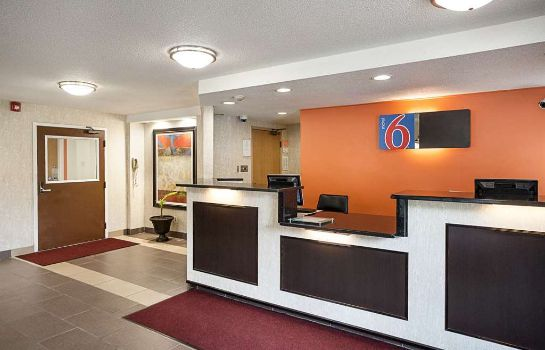 Hall MOTEL 6 BINGHAMTON