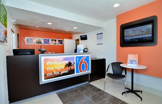 Hall MOTEL 6 PALM DESERT PALM SPRINGS AR