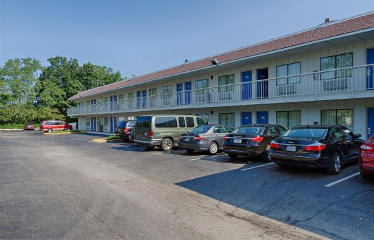 Exterior view MOTEL 6 WASHINGTON