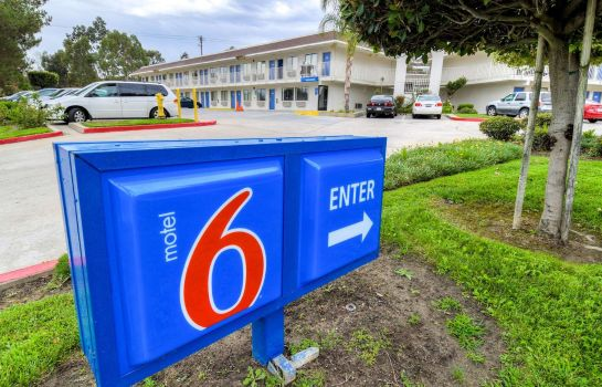 Vista exterior MOTEL 6 TEMECULA - HISTORIC OLD TOWN