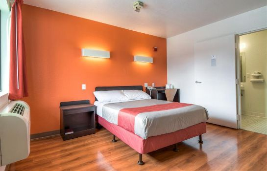 Chambre MOTEL 6 TEMECULA - HISTORIC OLD TOWN