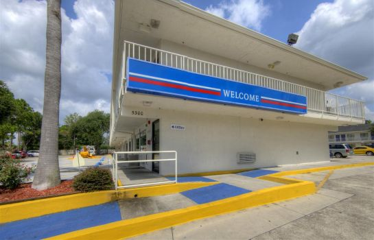 Vista esterna MOTEL 6 ORLANDO WINTER PARK