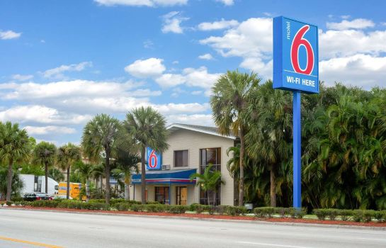 Vista esterna MOTEL 6 FT LAUDERDALE