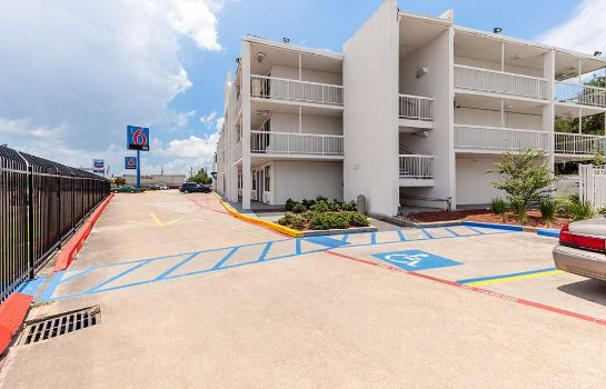 Vista exterior MOTEL 6 HOUSTON RELIANT PARK