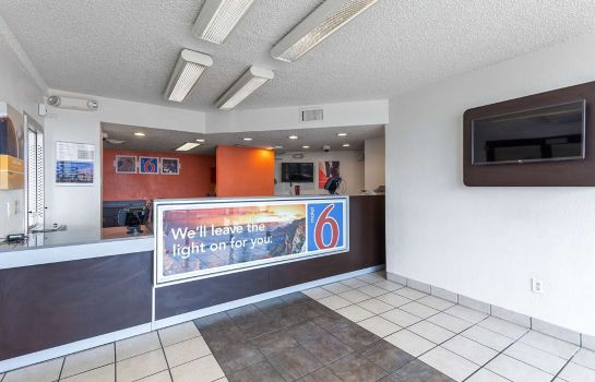 Lobby MOTEL 6 HOUSTON RELIANT PARK