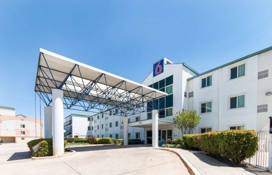 Außenansicht MOTEL 6 DALLAS FORT WORTH AIRPORT NORTH