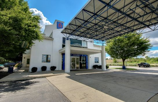 Exterior view MOTEL 6 PHILADELPHIA - KING OF PRUSSIA