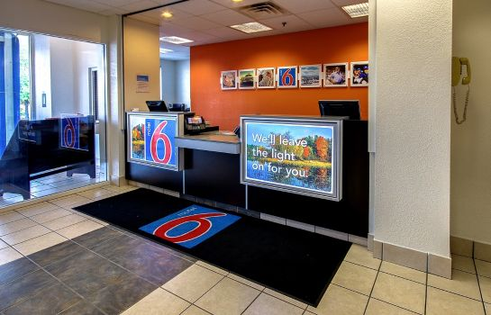 Hall MOTEL 6 PHILADELPHIA - KING OF PRUSSIA