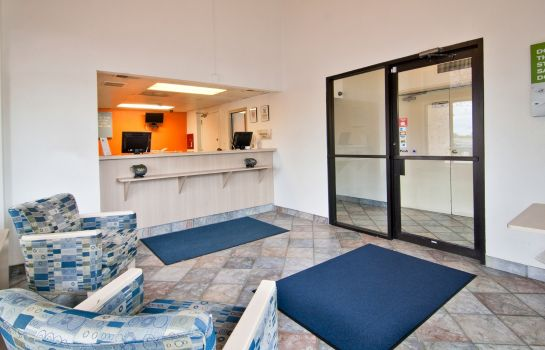 Lobby MOTEL 6 MINNEAPOLIS SOUTH LAKEVILLE