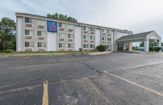 Vista esterna MOTEL 6 LAWRENCE KS
