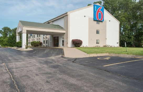 Vista exterior MOTEL 6 LAWRENCE KS