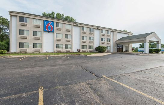 Exterior view MOTEL 6 LAWRENCE KS