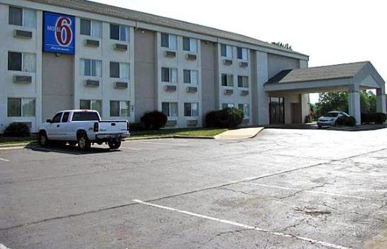 Info MOTEL 6 LAWRENCE KS