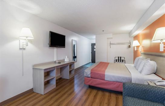 Habitación MOTEL 6 LAWRENCE KS