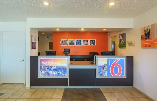 Hall MOTEL 6 LAWTON