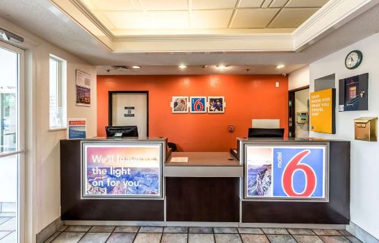 Hall MOTEL 6 SAN ANTONIO SOUTH