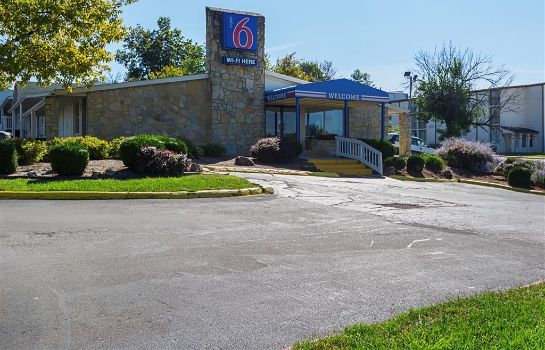 Vista esterna Motel 6 Bloomington IN