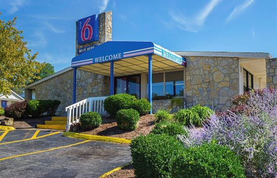 Exterior view Motel 6 Bloomington IN Motel 6 Bloomington IN