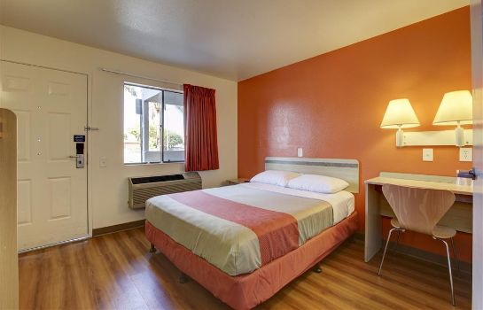 Habitación MOTEL 6 LOS ANGELES-BELLFLOWER
