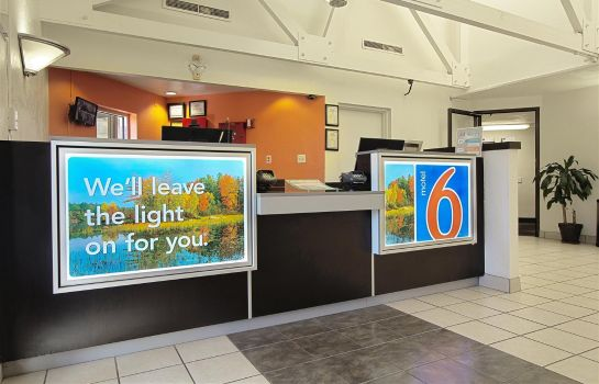 Hall MOTEL 6 PISCATAWAY NJ