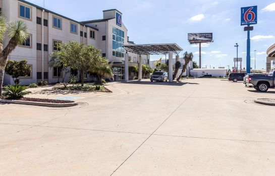 Exterior view MOTEL 6 HARLINGEN TX