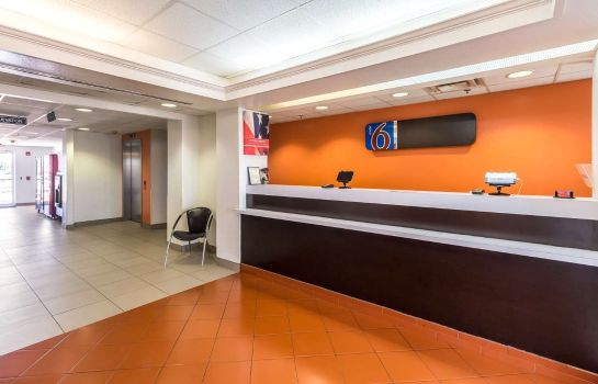 Lobby MOTEL 6 HARLINGEN TX