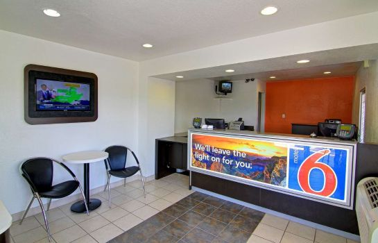 Hall MOTEL 6 SCOTTSDALE