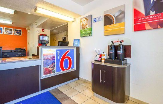 Hol hotelowy MOTEL 6 MESA NORTH