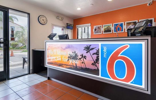 Hall MOTEL 6 SANTA BARBARA - BEACH