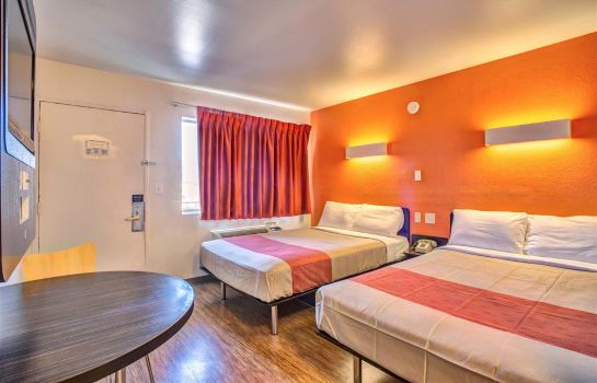Room MOTEL 6 MURFREESBORO TN