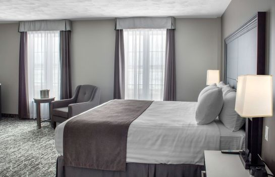Camera an Ascend Hotel Collection Member Chateau Moncton & Suites