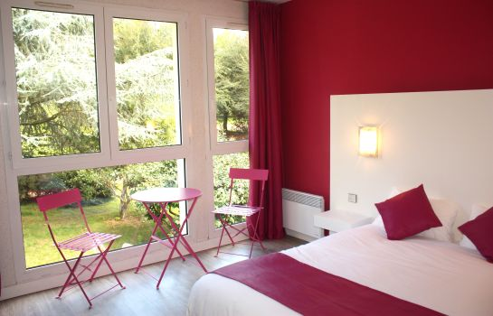 Double room (superior) Latitude Ouest Logis