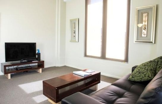 Suite MANTRA ONE SANDY BAY ROAD
