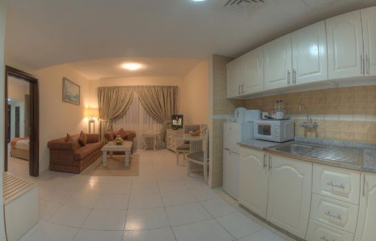 Room Tulip Inn Ajman